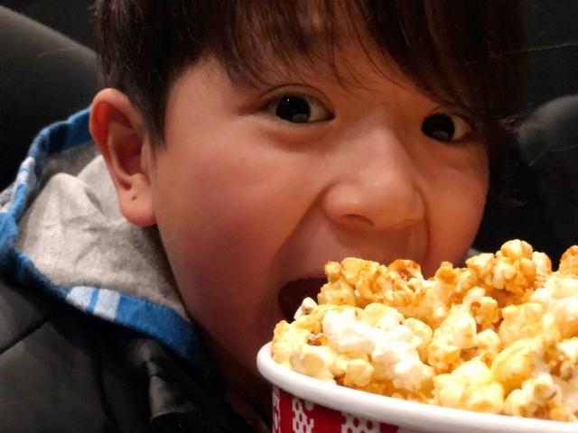 映画館のポップコーンのマナーとは?!音は?!匂いは気になる?!