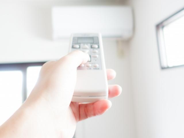エアコンをつけっぱなしにすると壊れる?エアコンの寿命に影響は?