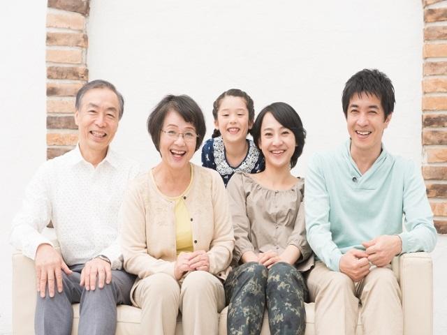 核家族が多い今の時代に、義両親と同居している割合はどのくらい?