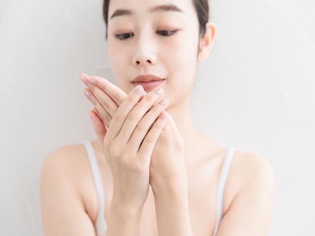 元美容師が勧めるハンドクリームランキング5選はこれだ!!ベタツキ、香りも紹介!!